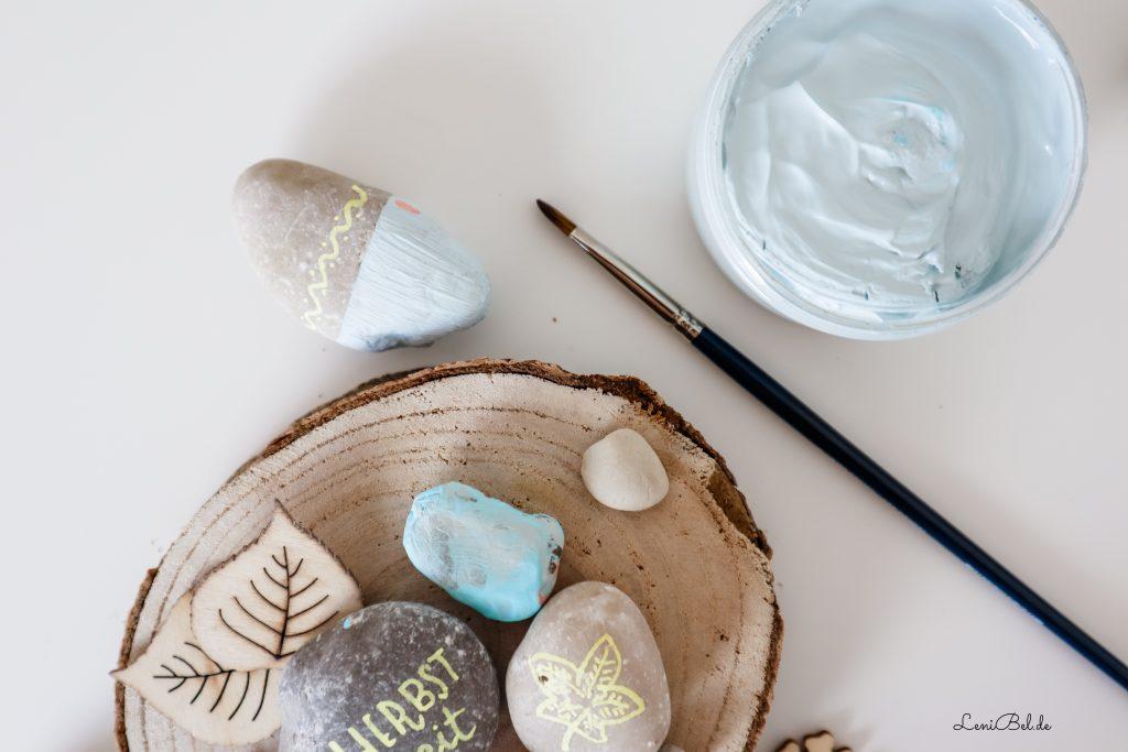 Steine bemalen - DIY mit Kindern im Herbst